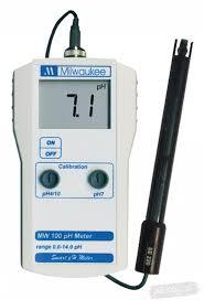 Milwaukee MW 100 pH monitor (ph metr s externí sondou)